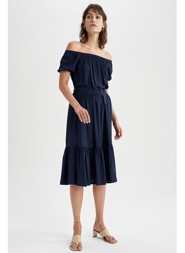 DeFacto Volan Detaylı Carmen Yaka Midi Kemerli Elbise Lacivert